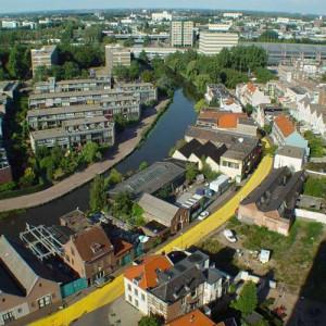 Calle amarilla (Overschiesestraat), Florentijn Hofman, Schiedam (Paises Bajos, 2003)