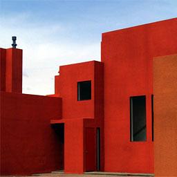 Conjunto residencial Zocalo I y II, Sta. Fe, Nuevo Mexico, Legorreta+Legorreta, 2002.