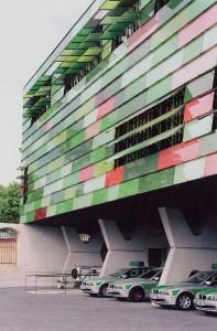 Estación de bomberos y policía, Sauerbruch & Hutton, Berlín, 1999/ 2004.