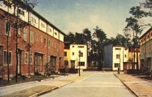Siedlungen Onkel Tom's Hutte, casas en hilera Argentinische Elleé, B. Taut, Zehlendorf (Alemania), 1926-1931