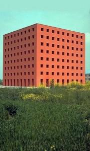 Casa de los muertos, cementerio de San Cataldo en Modena. Aldo Rossi y Gianni Braghieri, Modena (Italia), 1971-1984