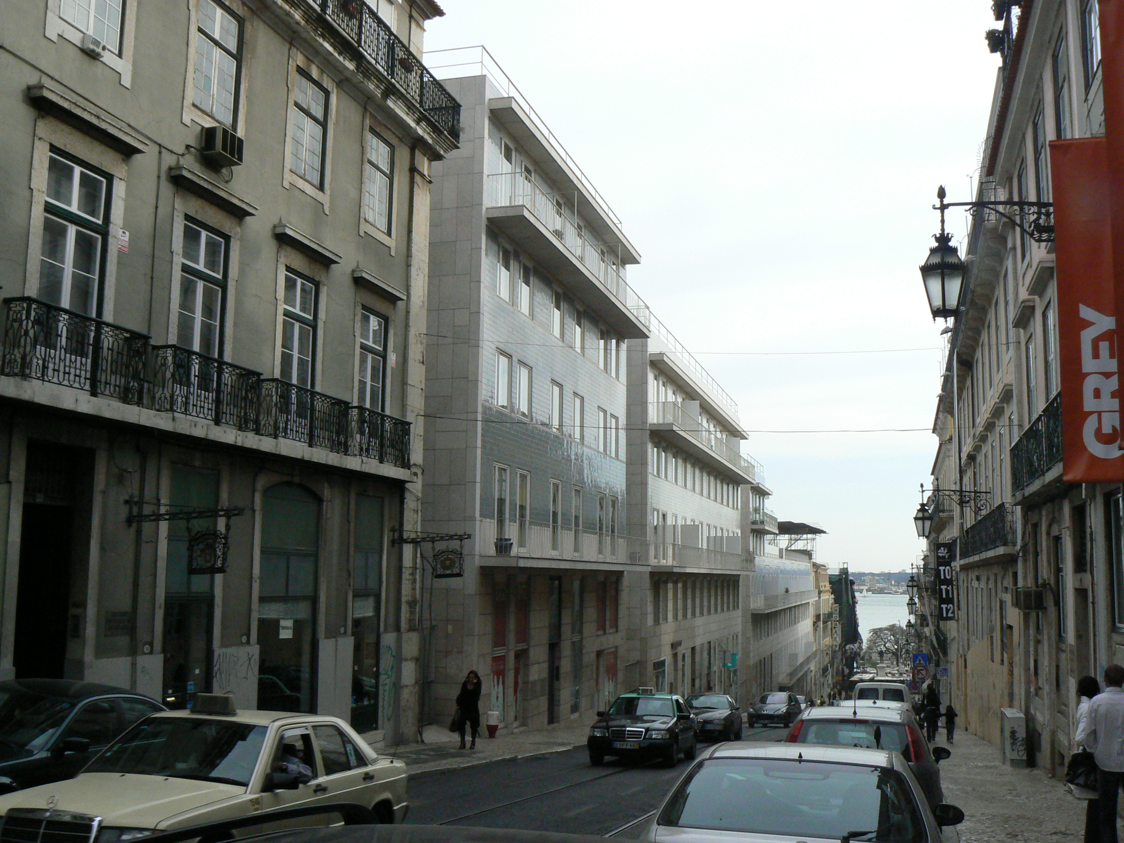 Terraços de Bragança em Lisboa by Álvaro Siza Vieira