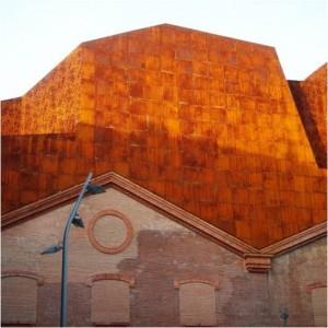 Edificio Caixaforum, Herzog & de Meuron, Madrid, 2008.