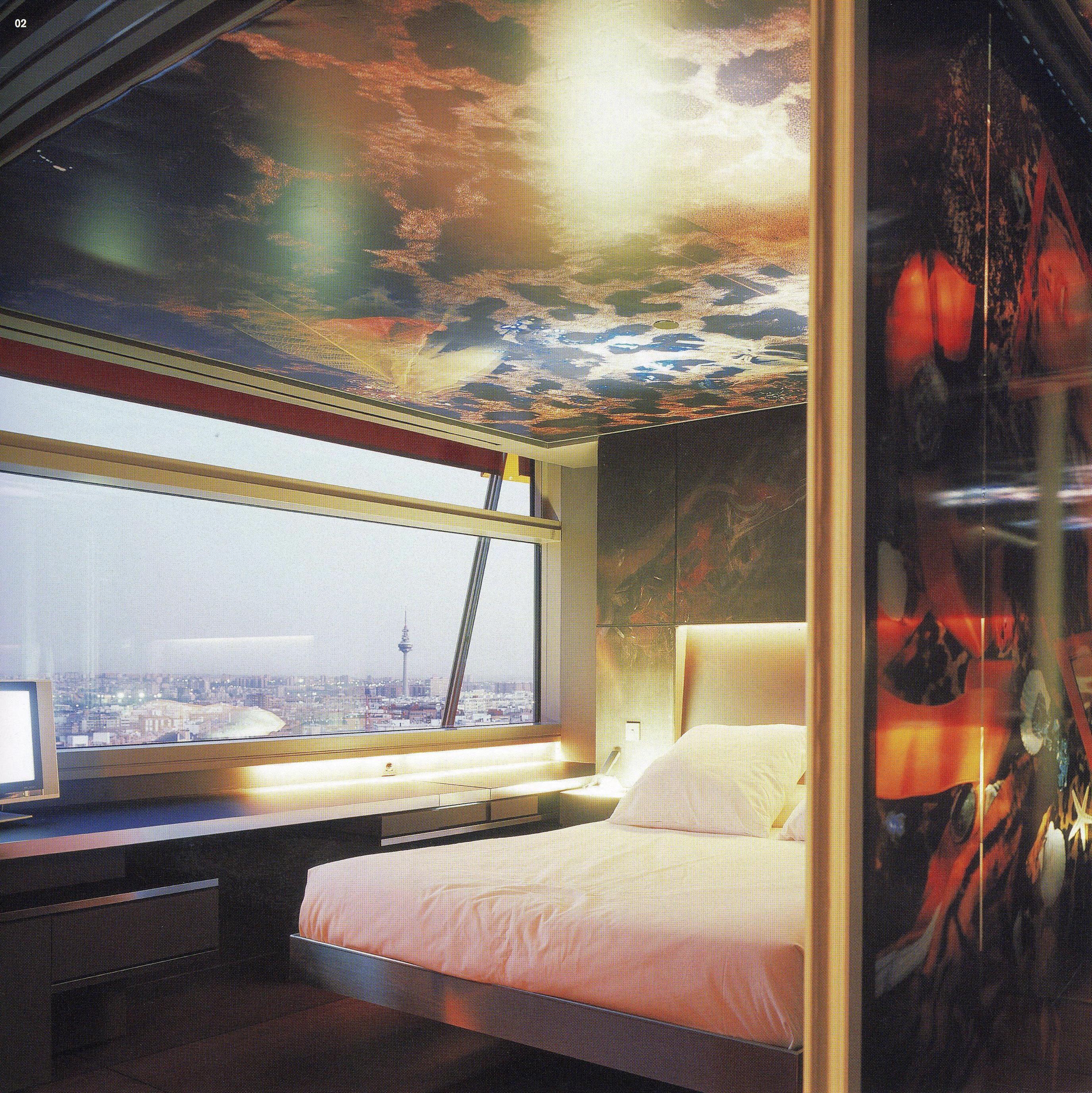 color y arquitectura contempor nea incorporaci n de reflejos. Black Bedroom Furniture Sets. Home Design Ideas